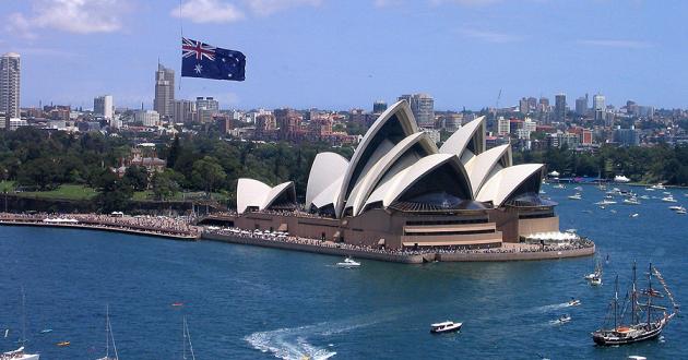 Australia to Allow Local Cultivation of Medical Marijuana